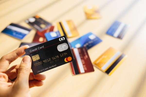 Tell-tale Signs to Get Rid of Your Credit Card