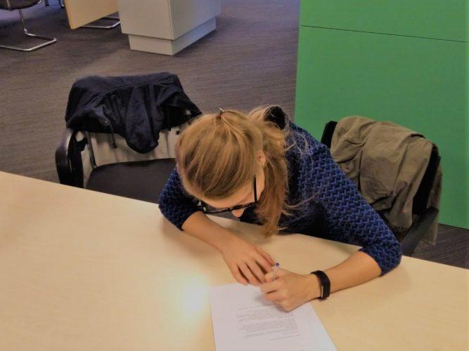 Afschrijven schrijven tekenen belastingen