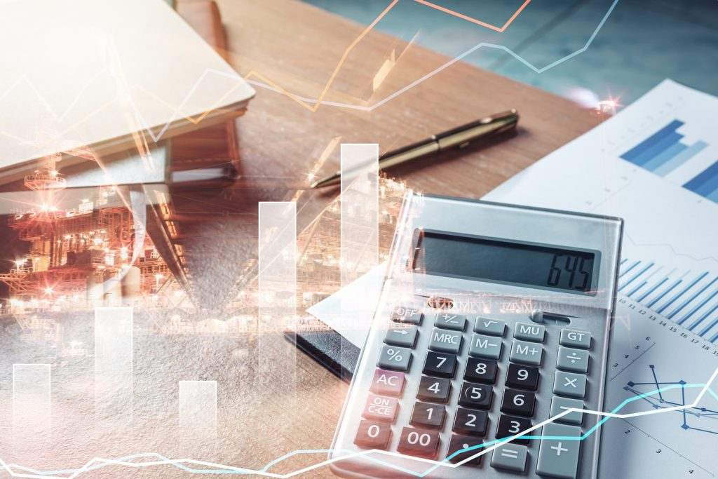 How Money Management & Real Estate Affect Small Business