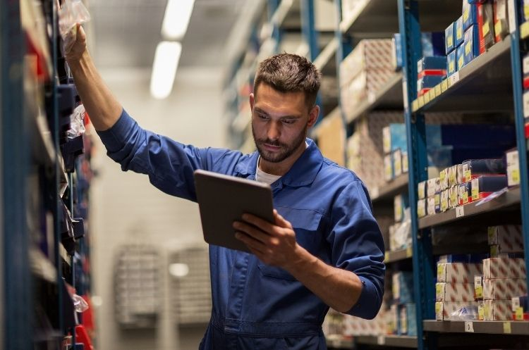 Essential Warehouse Maintenance Tips