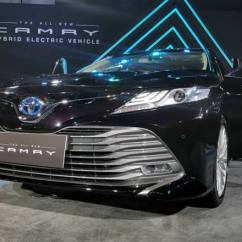 All New Camry India Launch Cicilan Grand Veloz Toyota 2019 Highlights Design Hybrid Powertrain Read More Here Launched At Rs 36 95 Lakh In Lexus Dna Updated Motor And