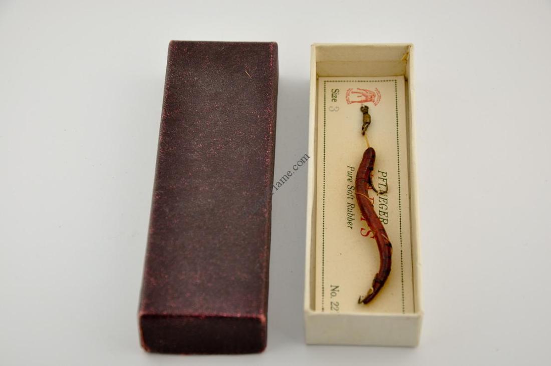 Pflueger Angle Worm Lure