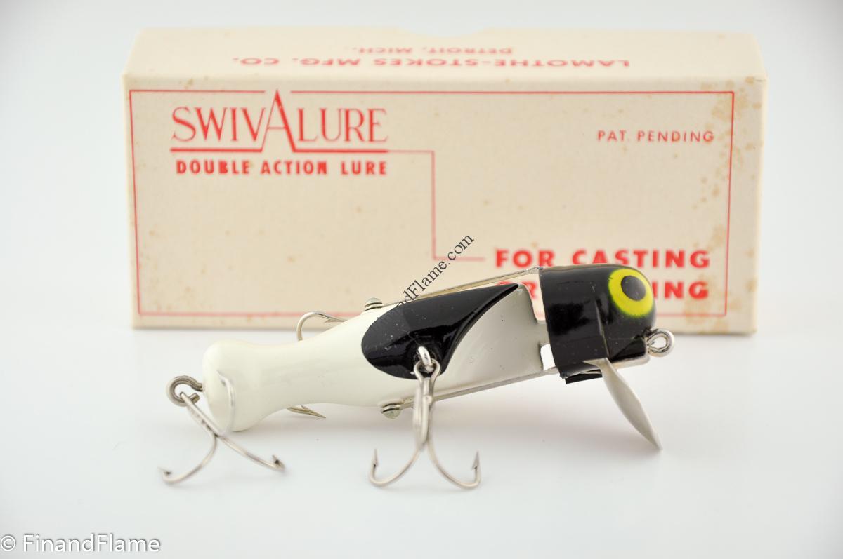 Black White Swiv A Lure