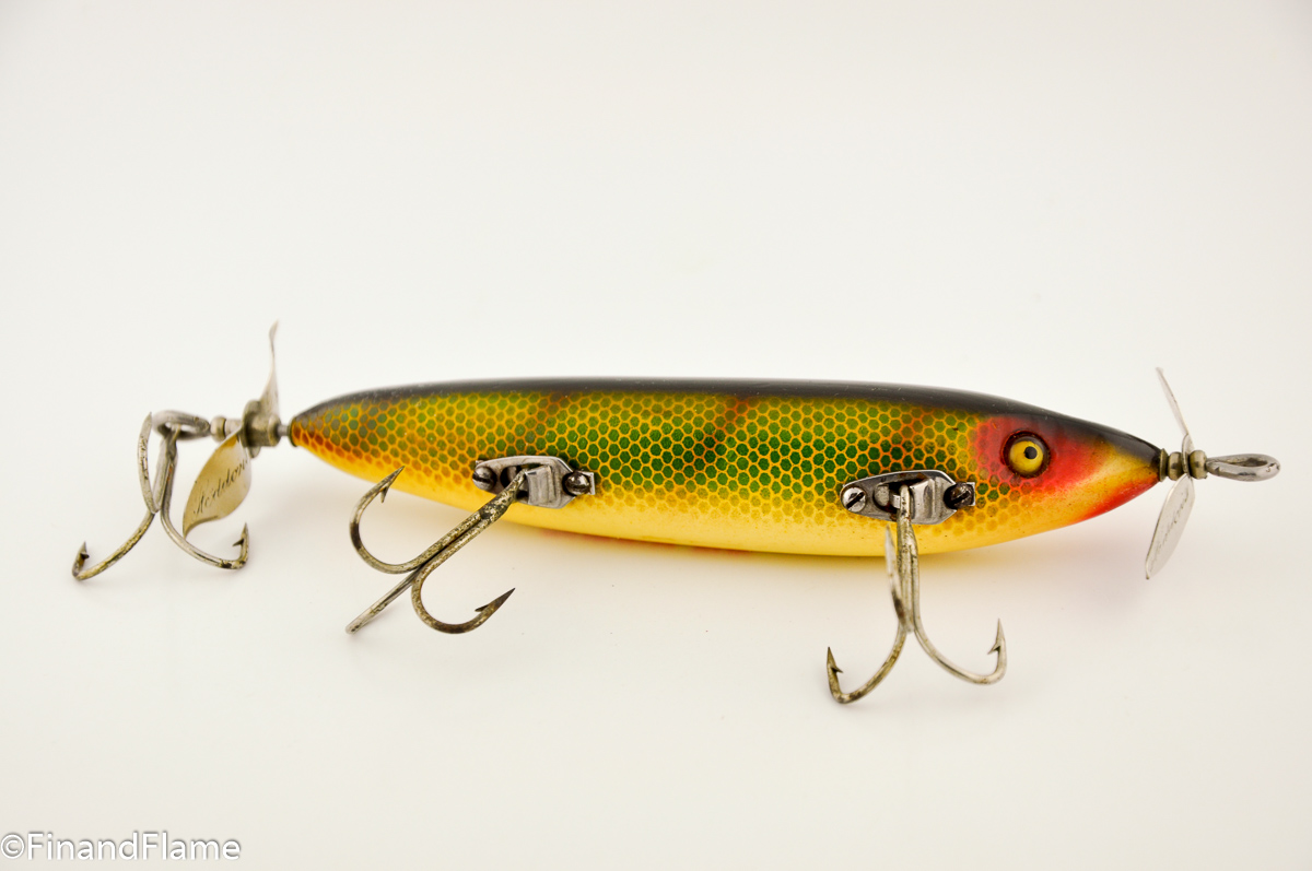 Perch Scale SOS Heddon Antique Lure