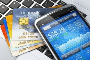 Karta kredytowa czy chwilówka przez telefon?