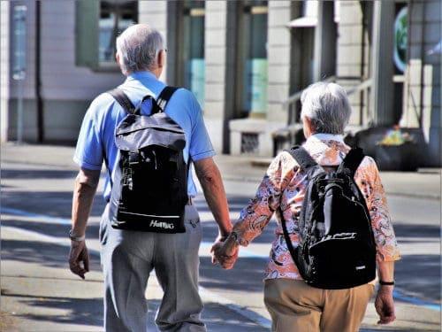 Długi seniorów rosną
