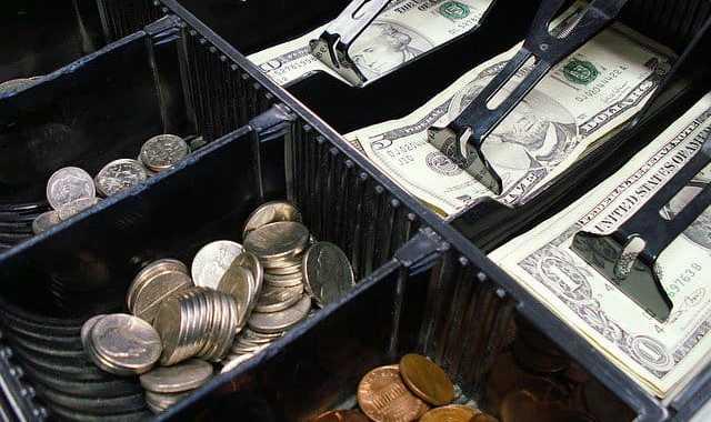 Kasy fiskalne online – dla kogo?