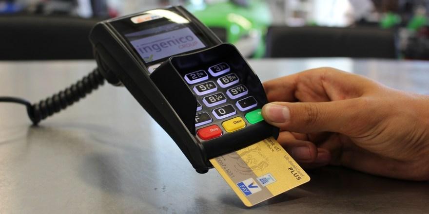 Kreditkarte online beantragen.