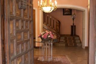 entrada mansión finca el tomillar