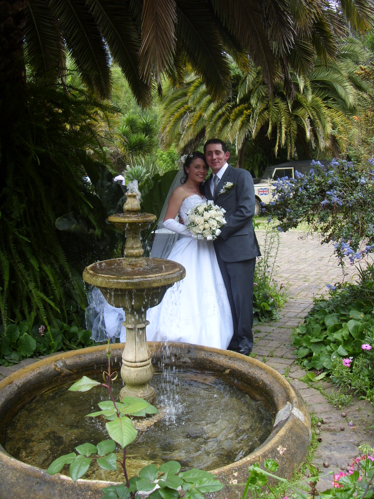 Just married in the garden