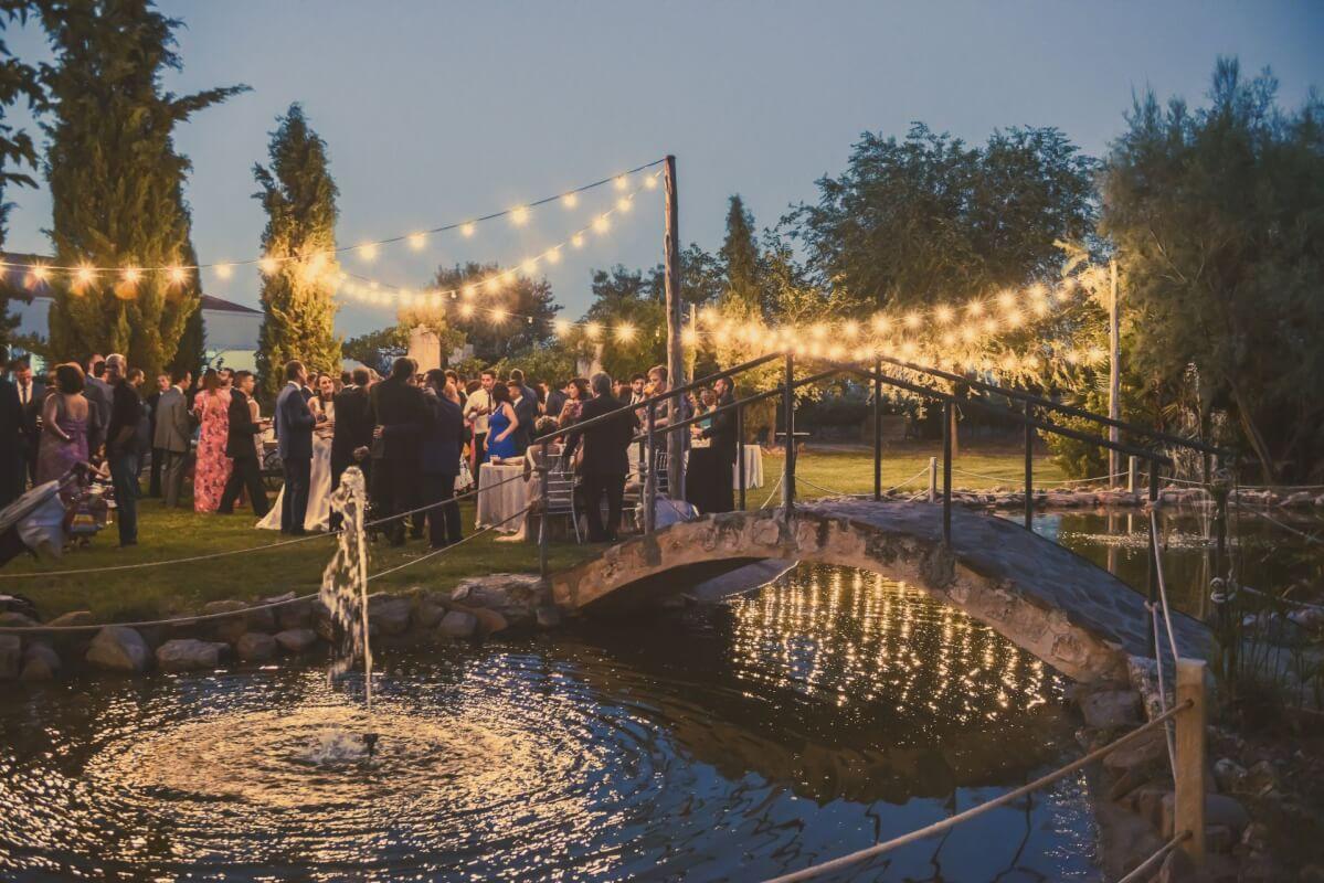 lago decorado luces finca villa Mercedes