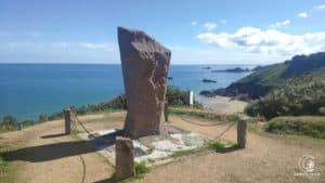 Der Gedenkstein und die geniale Sicht