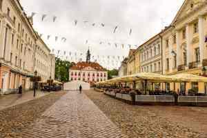 Der große Rathausplatz Tartu