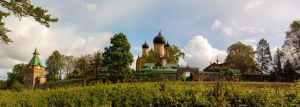 Das Kloster vom Wanderweg