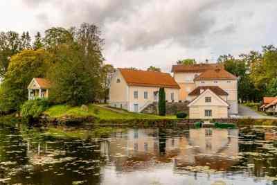 Herrenhaus-Essemble