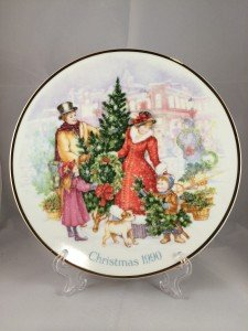 1990 Avon Christmas Plate