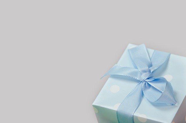 gave til studenten