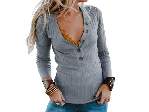 This No. 1 Bestselling Ribbed Sweater Is a Timeless Take On Fall Fashion