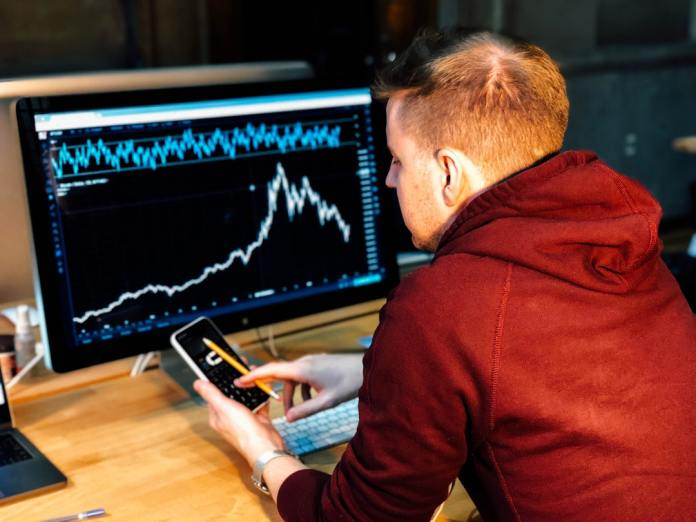 11 Signs You Should Stick to Basic Investing Strategies