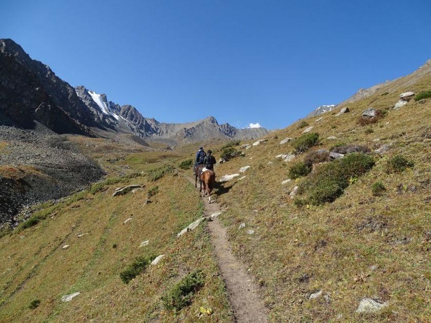 Ritt zum Ala Kul See Kirgistan