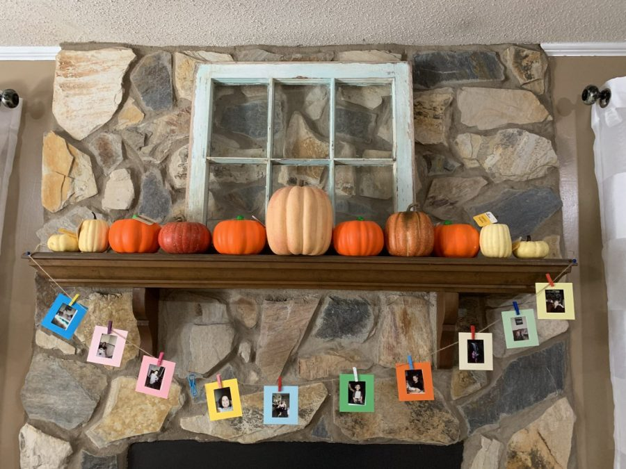 Fall mantel before painting the pumpkins.