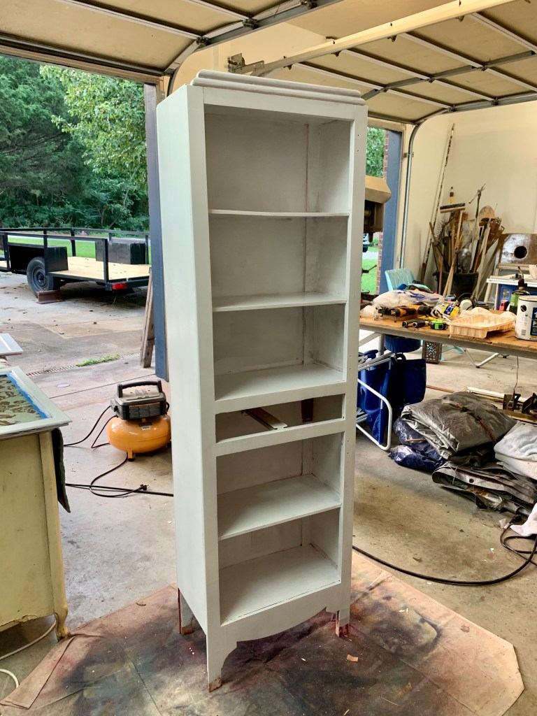 Two coats of primer later, the cabinet was ready to go!