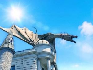 The dragon in Diagon Alley at Universal Orlando.