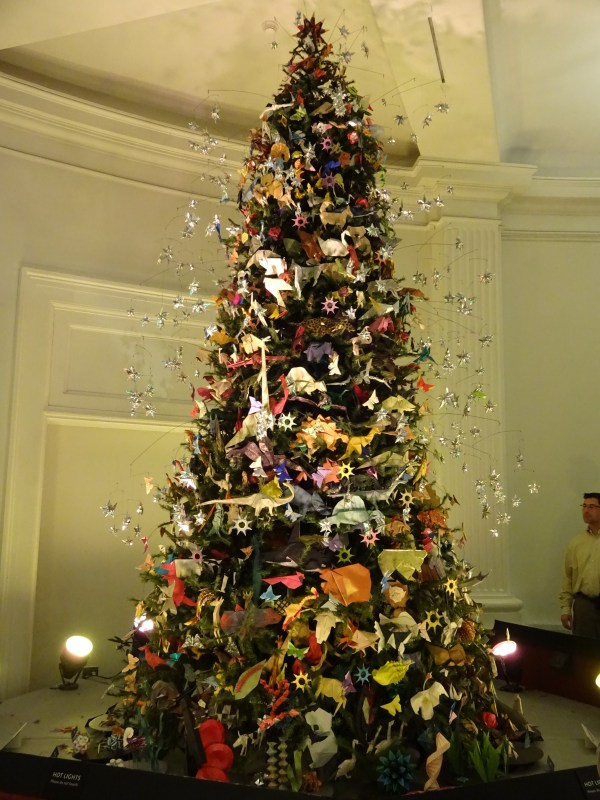 Origami Holiday Tree American Museum Of Natural History Finding Nyc