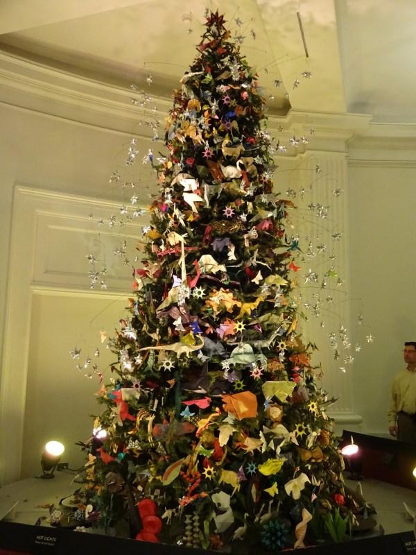 Origami Christmas Tree NYC Metropolitan Museum of Art