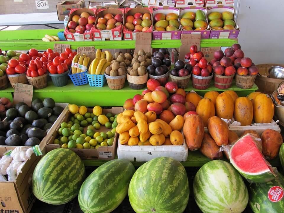 farm market produce for juicing