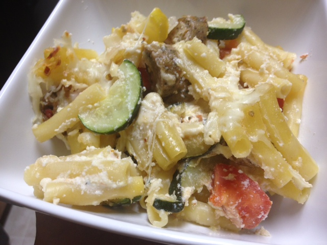 Baked Ziti with Summer Vegetables & Chicken Sausage | delicious, easy baked pasta dish for dinner, packed with veggies and flavorful chicken sausage (great with ground beef too) | finding time for cooking blog