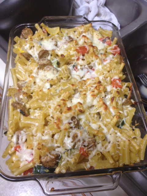 Baked Ziti with Summer Vegetables & Chicken Sausage   delicious, easy baked pasta dish for dinner, packed with veggies and flavorful chicken sausage (great with ground beef too)   finding time for cooking blog