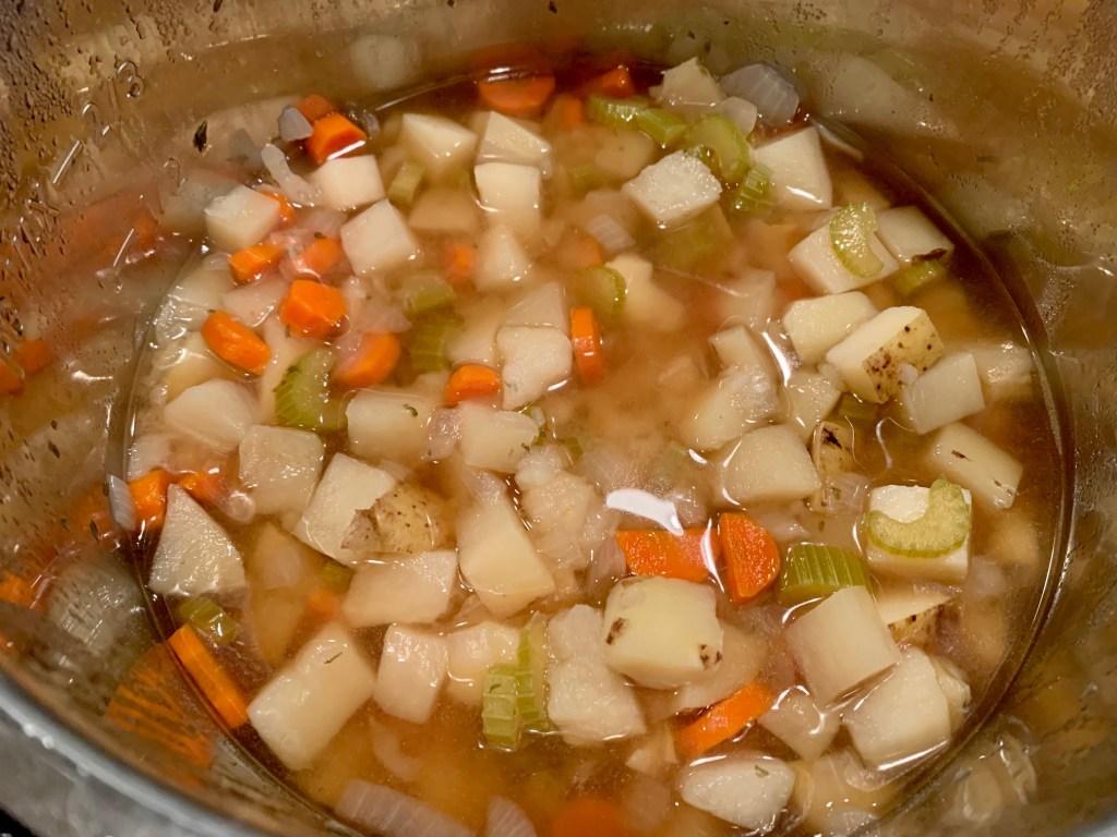 Crockpot potato soup cooked