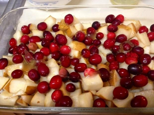 pear cranberry crisp fruit honey