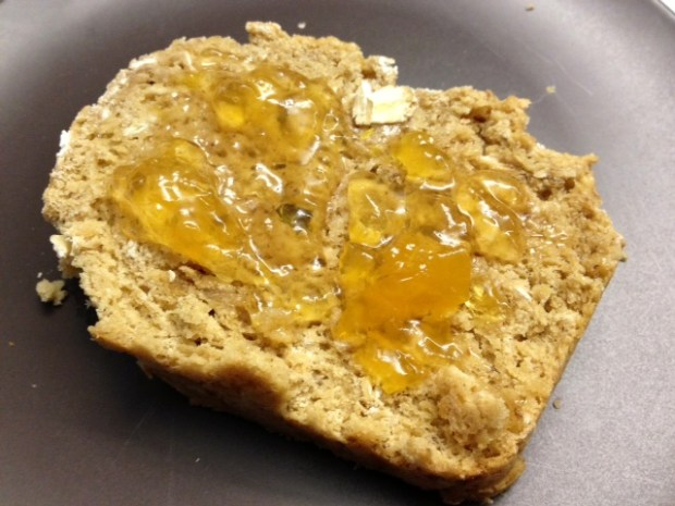 brown oatmeal soda bread finished jam2