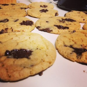 whole wheat dark chocolate cookies baked2