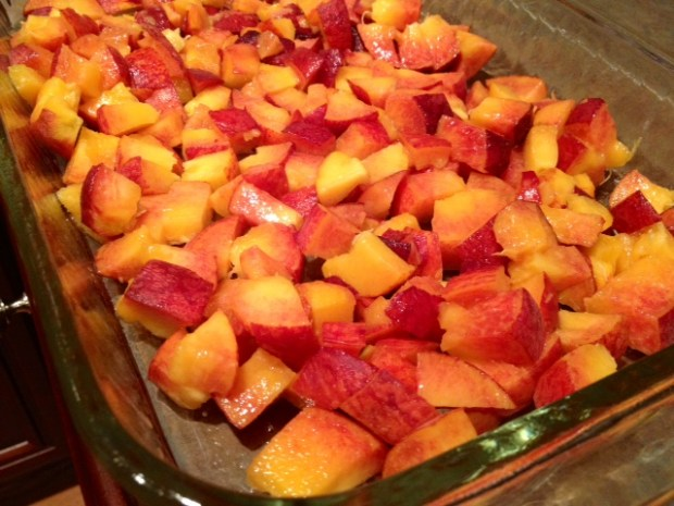 peach cardamom crisp peaches chopped pan2