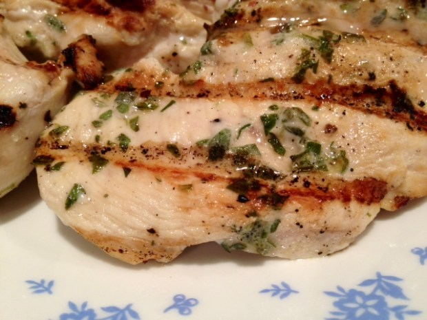 fresh herb grilled chicken finished2