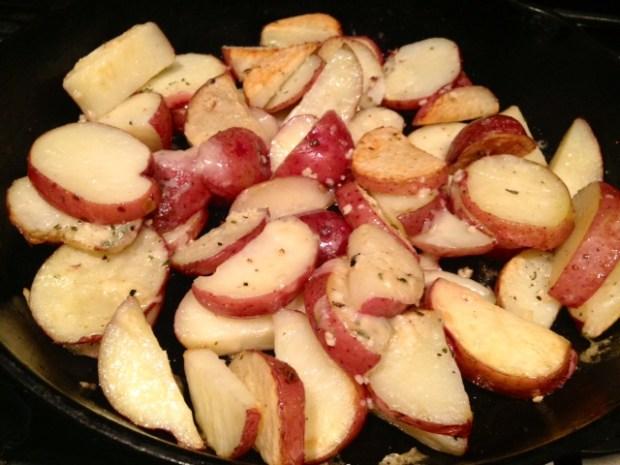 Parmesan Garlic Roasted Potatoes done