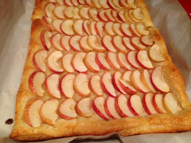 Honey Apple Tart finished
