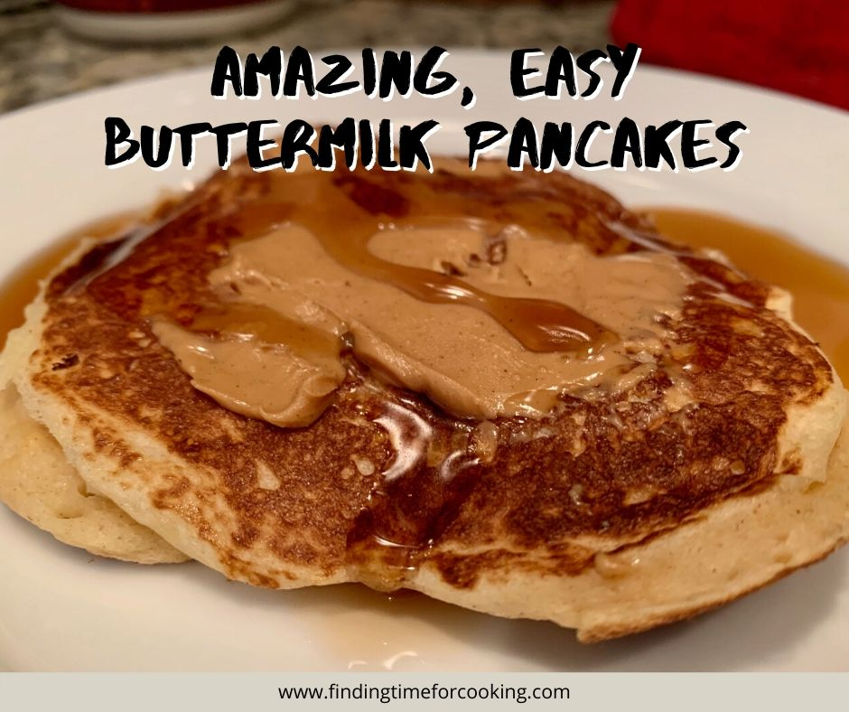 The Best Easy Buttermilk Pancakes | Easy and delicious recipe for breakfast or brunch, ready in just 15 minutes.  Add whole wheat flour for some extra fiber and healthy options! #breakfast #pancakes #brunch