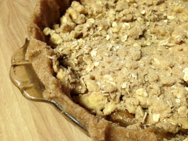 caramel pear pie oat crumble topping on pie