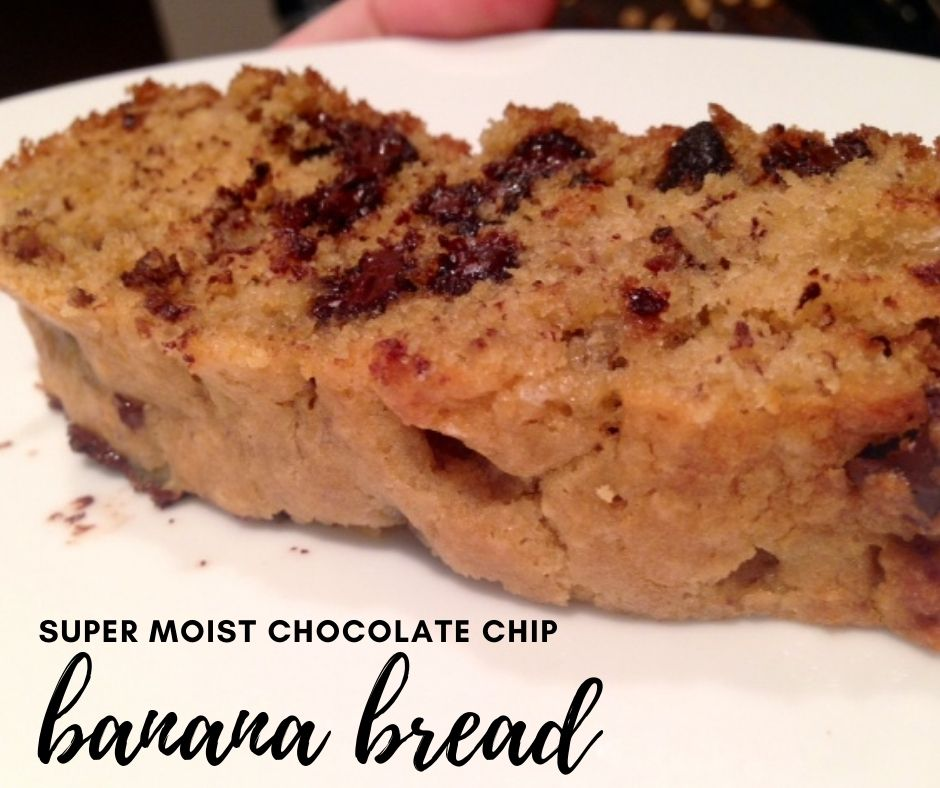 Super Moist Chocolate Chip Banana Bread | My grandma's banana bread recipe is the best I've had, a fairly traditional recipe studded with chocolate chips. Very easy banana bread recipe to make.