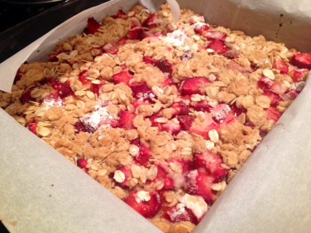 Strawberry Rhubarb Crumb Bars baked