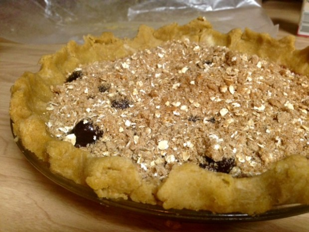 bing cherry pie with streusel topping