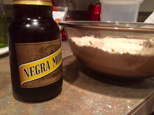 garlic cheddar beer bread beer