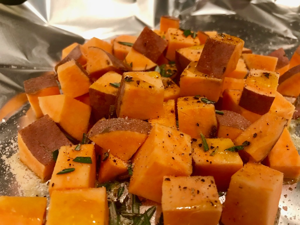 Cheesy Rosemary Sweet Potatoes on the Grill | finding time for cooking blog