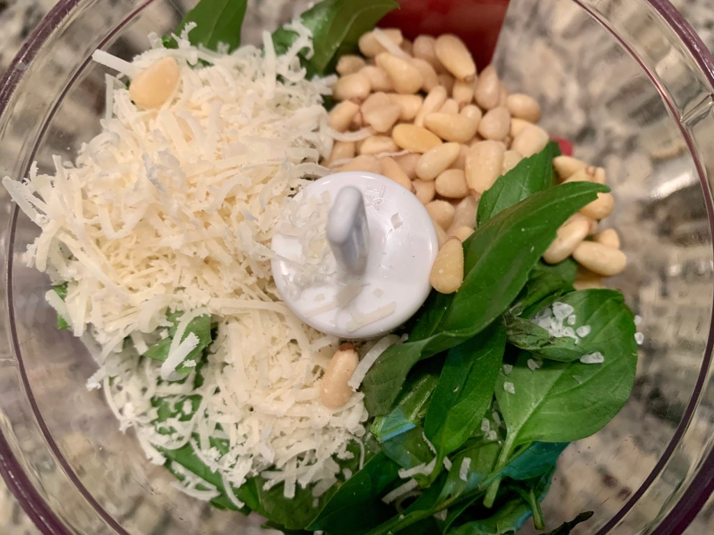 homemade pesto is the easiest & best thing ever