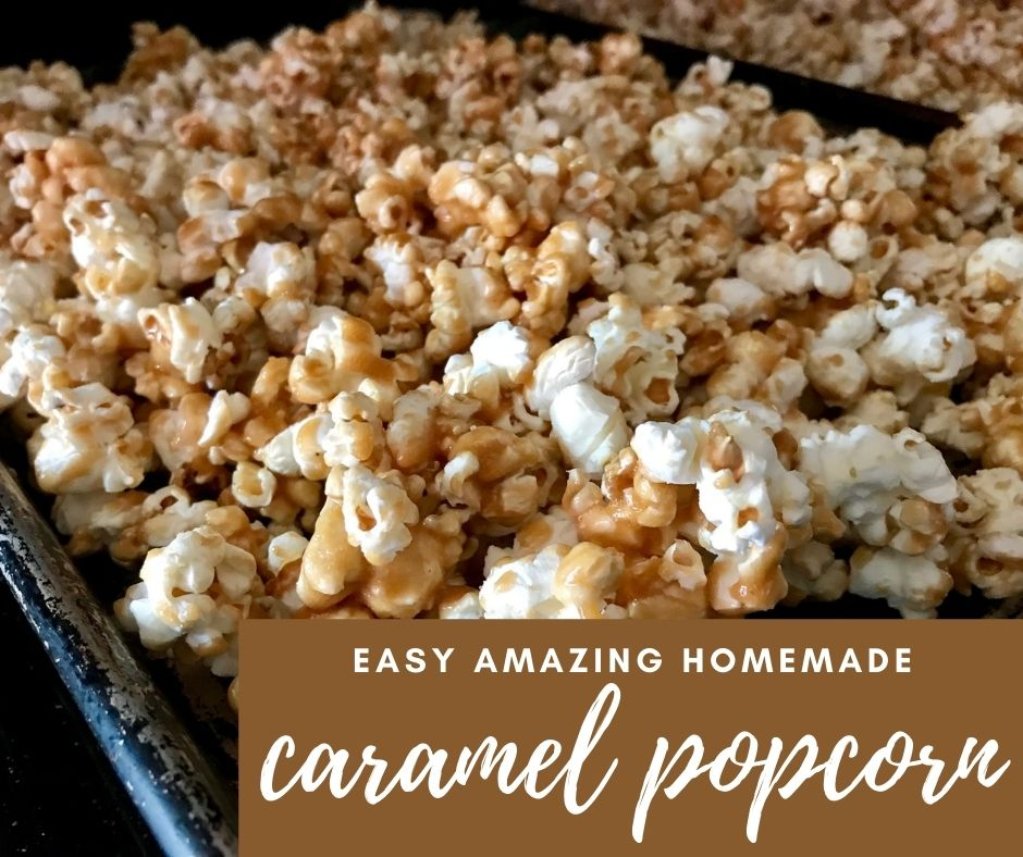 Easy, Awesome Homemade Caramel Popcorn | This is a Thanksgiving and holiday must-have recipe, the best holiday snack. The best caramel popcorn, and it's super easy to make. Thanksgiving recipes, holiday recipes for the family, good holiday snacks! #holidayrecipe #caramelpopcorn #popcorn #thanksgiving