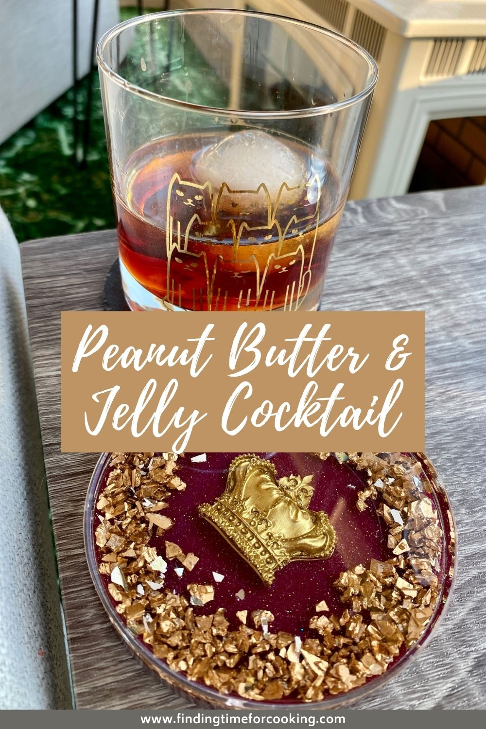 Peanut Butter and Jelly Cocktail   This nostalgic pb&j flavor combo is a fun, indulgent dessert cocktail using Chambord liqueur and Skrewball peanut butter whiskey. Unique cocktail recipe ideas. #cocktail #peanutbutter #jelly #drinkrecipe